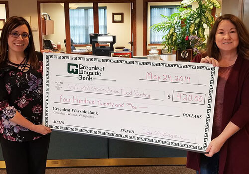 Greanleaf Bank presents check to Wrightstown Area Food Pantry